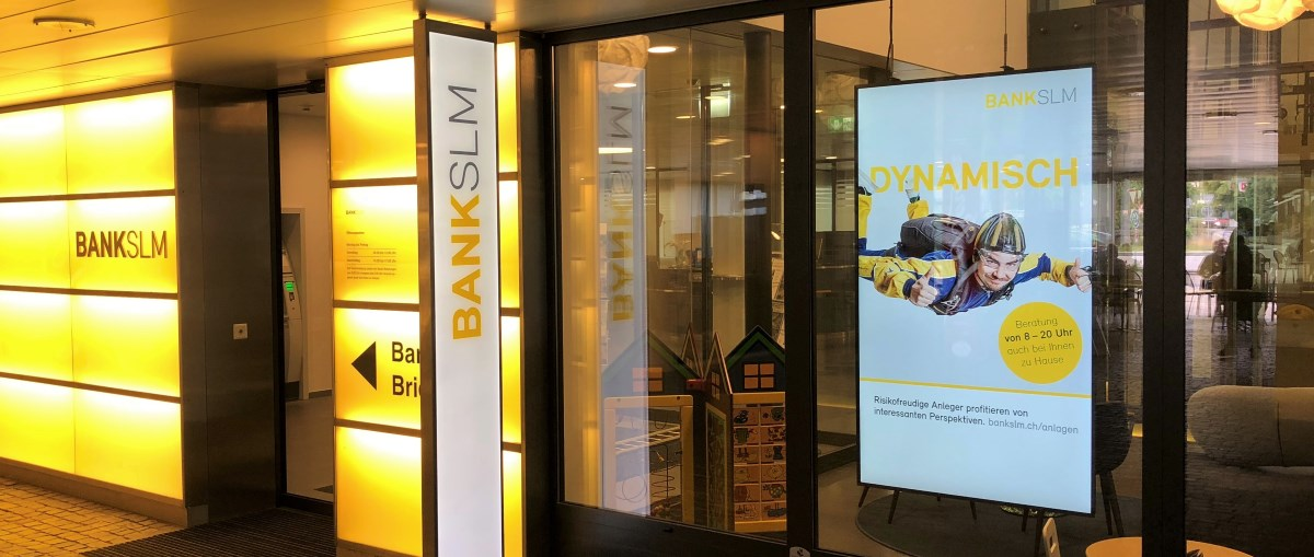 Digital Signage Bank SLM AG Münsingen Slider