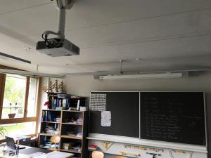 Beamer Audio Leinwand Schule Thun Bertolino Multimedia