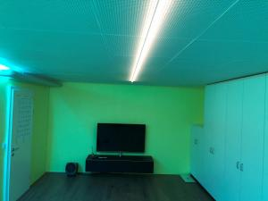 LED Profile weiss RGB Alu nach Mass Bertolino Multimedia Thun 9