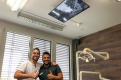 Zahnarzt-TV-Behandlung-Deckenmontage-Thun-5