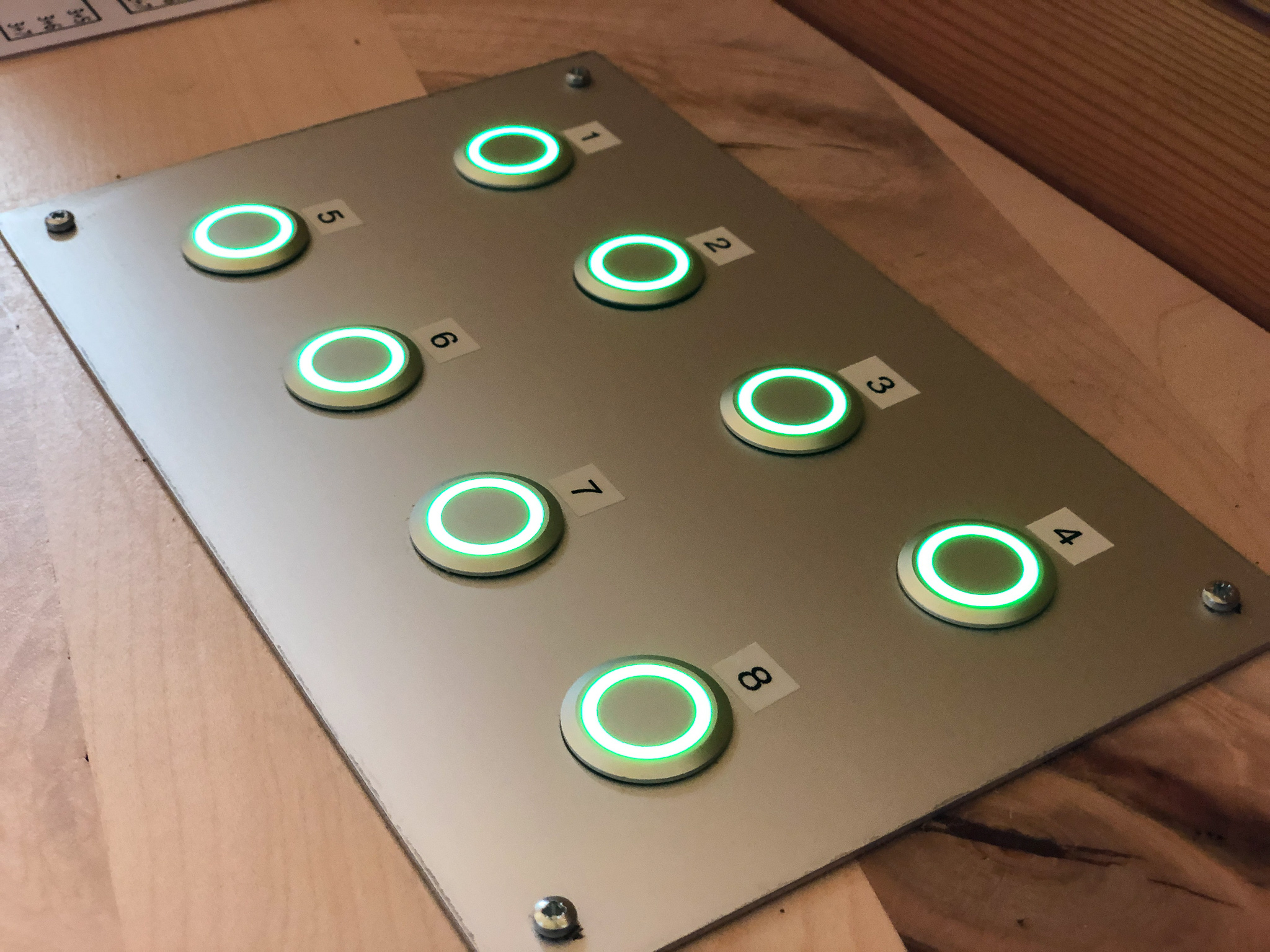 Audio Bedienstelle Taster abgespeicherte Audiofiles auf Knopfdruck